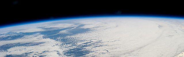 Deze 'buitenaardse ruimtesonde' passeert de aarde in de zomer van 2017 - http://www.ninefornews.nl/deze-buitenaardse-ruimtesonde-passeert-de-aarde-in-de-zomer-van-2017/