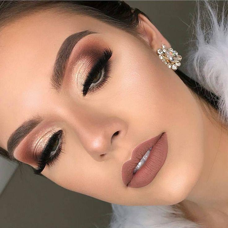 perfekter natürlicher Hochzeits-Make-up-Look mit einer nackten Lippenfarbe und einem rauchigen #browneyeshadow