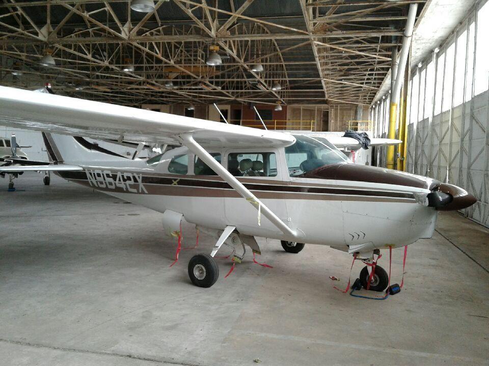 Damaged 1962 Cessna 210b Aircraft Cessna Aircraft Sheet Metal Work