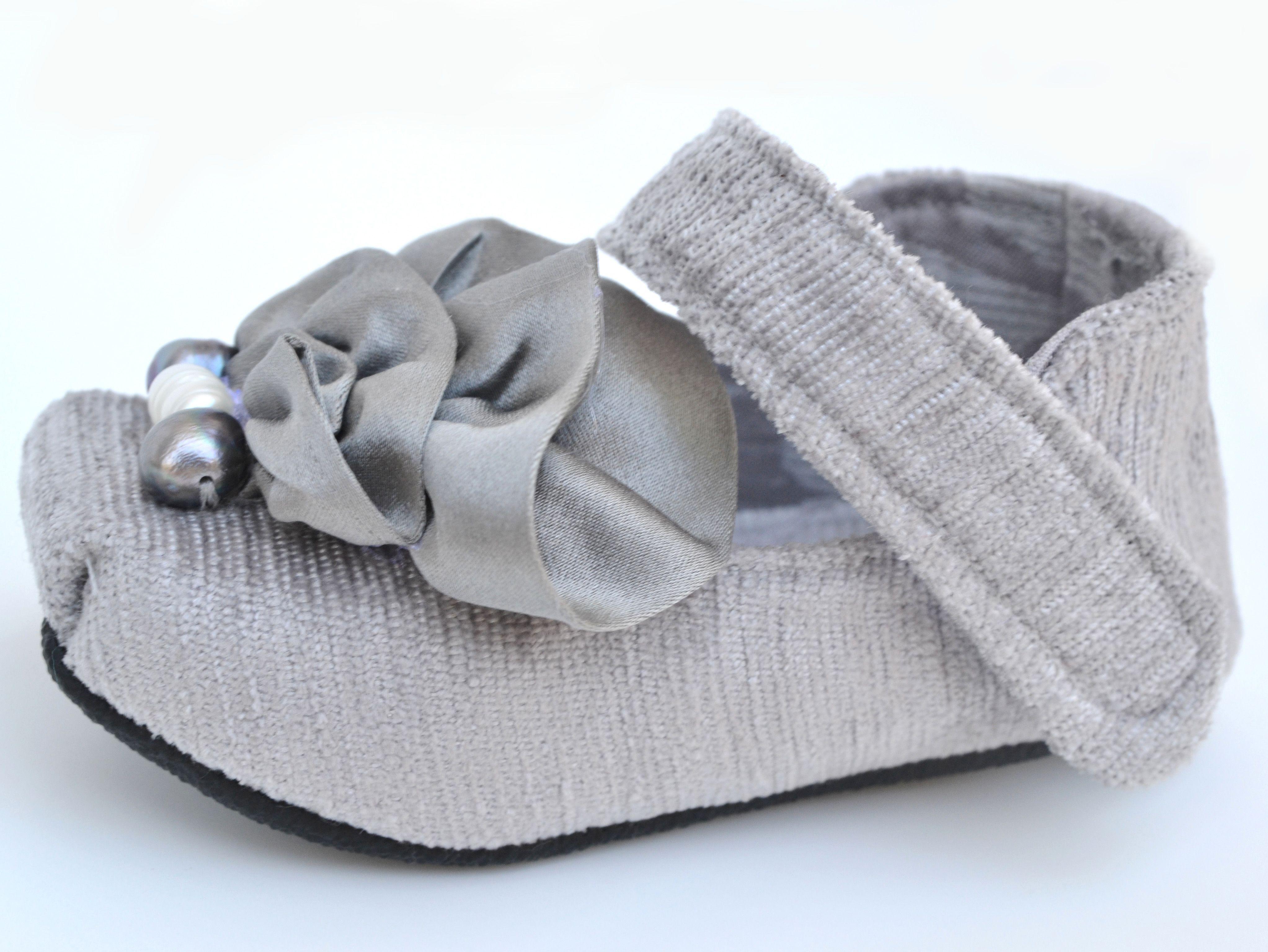 LaValya Handmade Baby Shoes just precious newborn shoes
