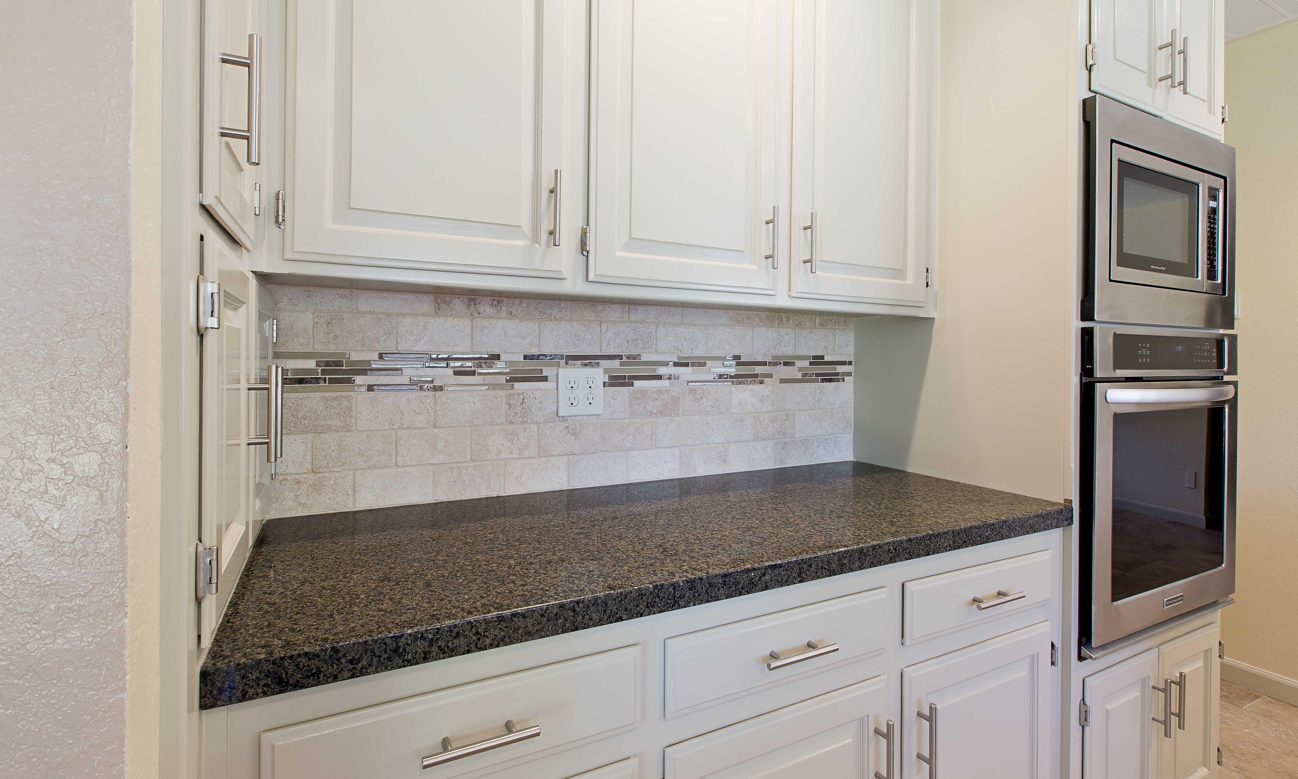 Enchanting Accent Tiles For Kitchen Backsplash And Subway