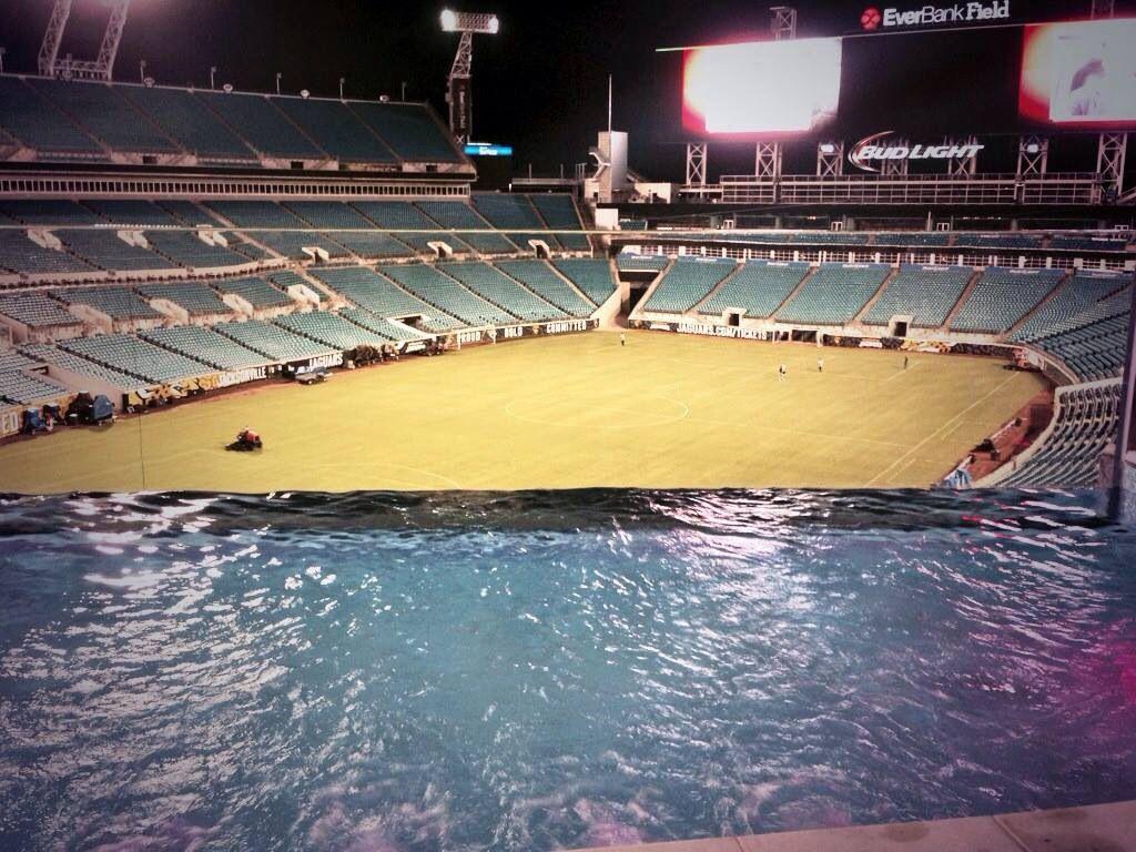 New look of jaguars stadium jacksonville jaguars - Jacksonville jaguars swimming pool ...