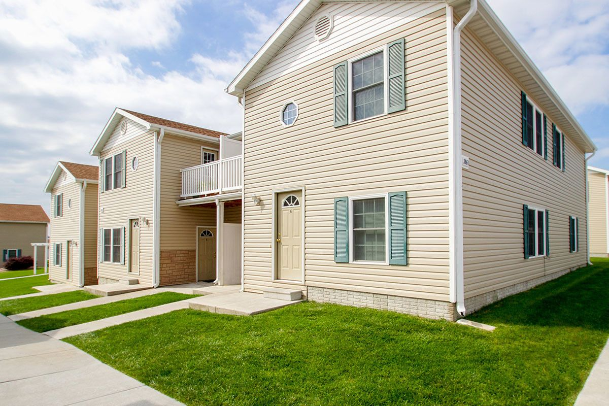 Fieldstone Place Is An Apartment Home Community Located Between