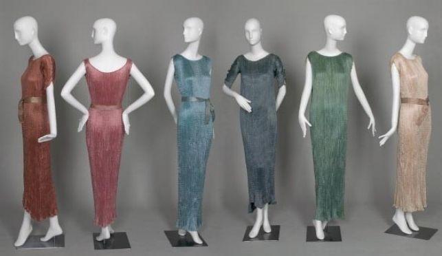 #FashionHistory Fortuny en el Museo de Historia de Chicago via @harpersbazaarES