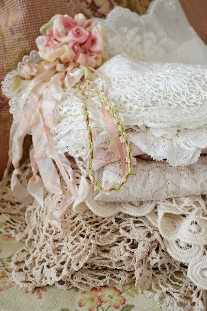 Vintage Lace on We Heart It
