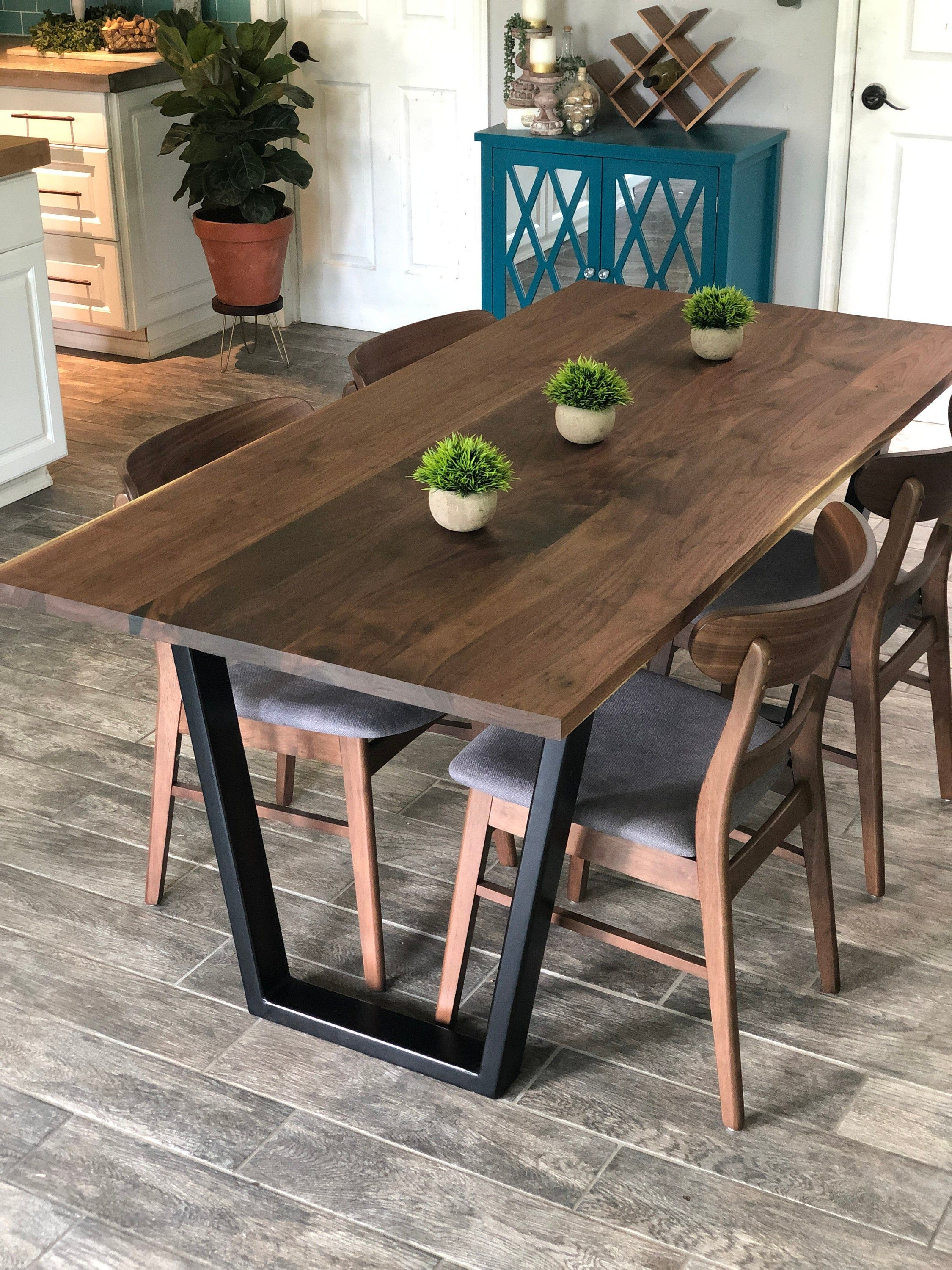 Modern Walnut Table Hardwood Dining Table With Metal Base