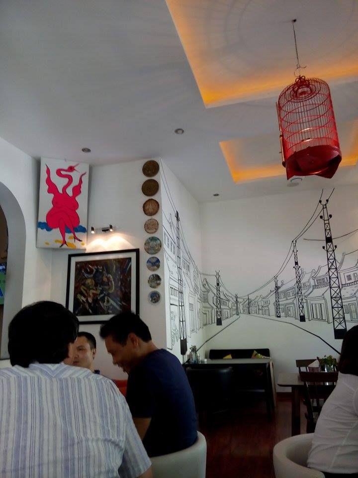 Tropicana Cafe. Hanoi