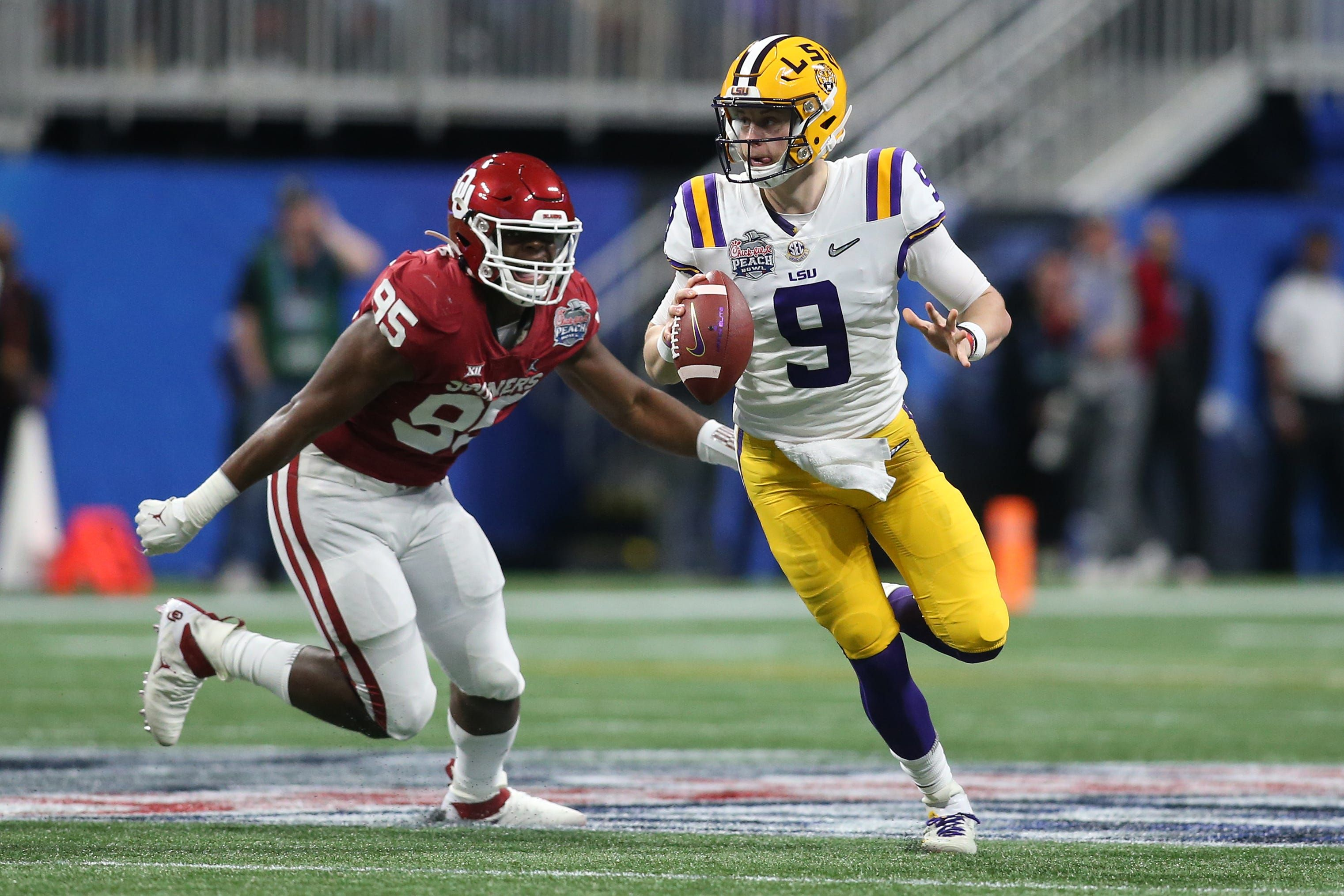 Joe Burrow has recordsetting day as No. 1 LSU dominates