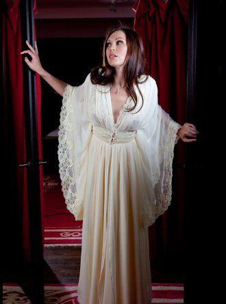 jane woolrich  silk negligee  9581  nachthemd modestil