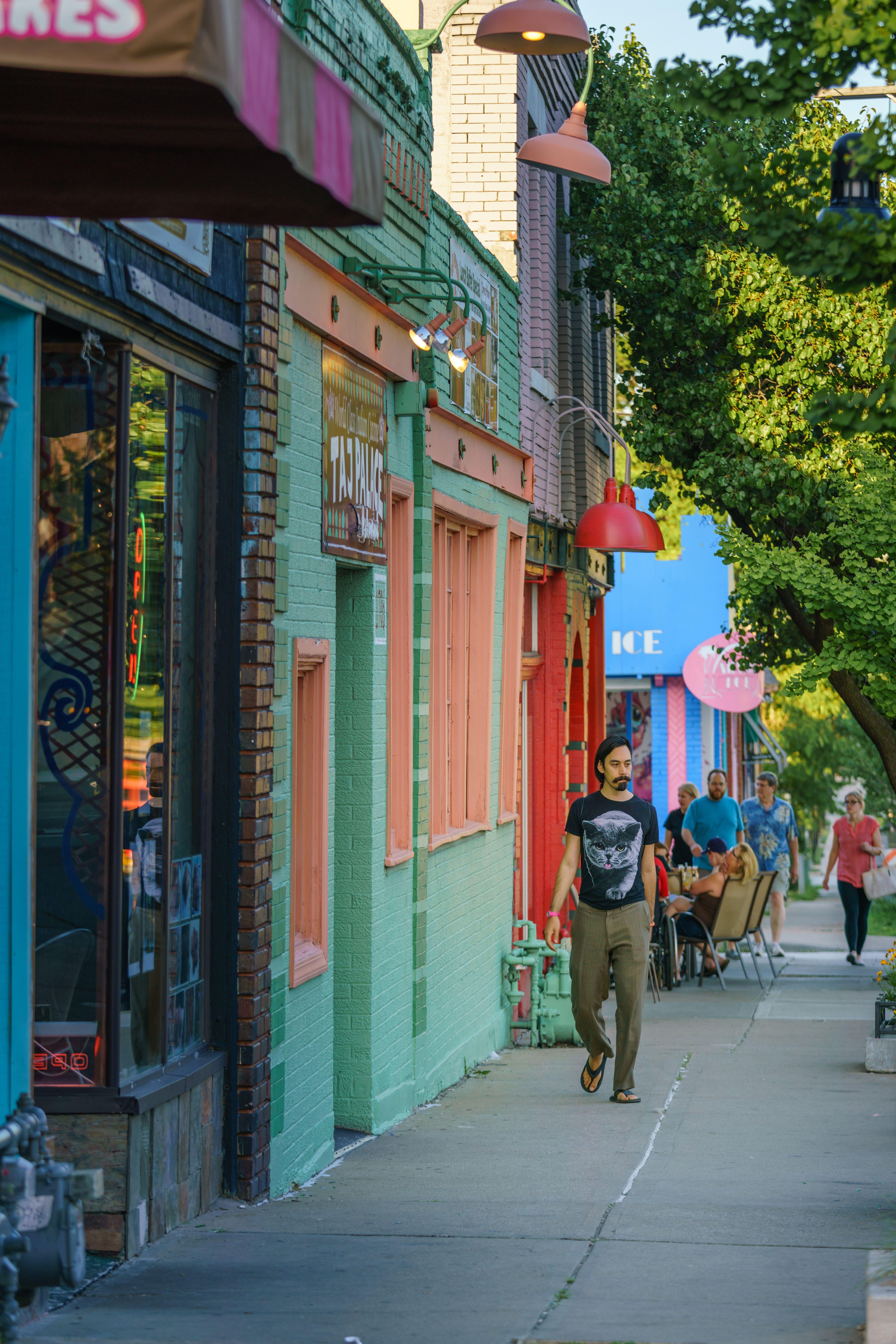 West 39th Street Street The Neighbourhood Walkability