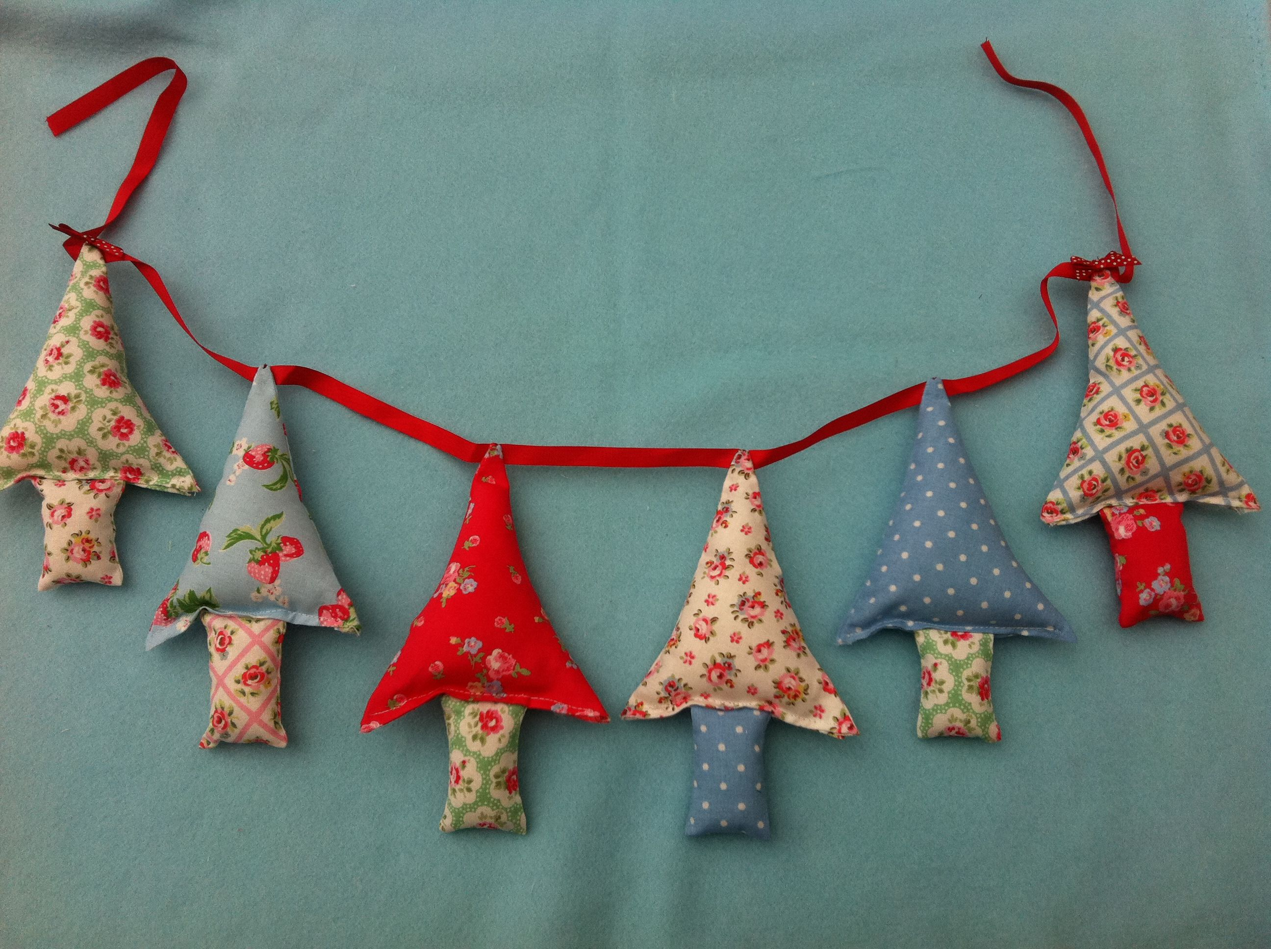 Christmas Tree Garland In Cath Kidston Fabrics 850 Available To