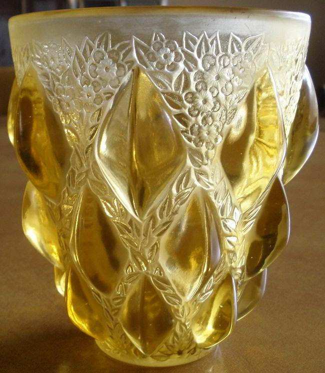 Lalique Vase Rampillon