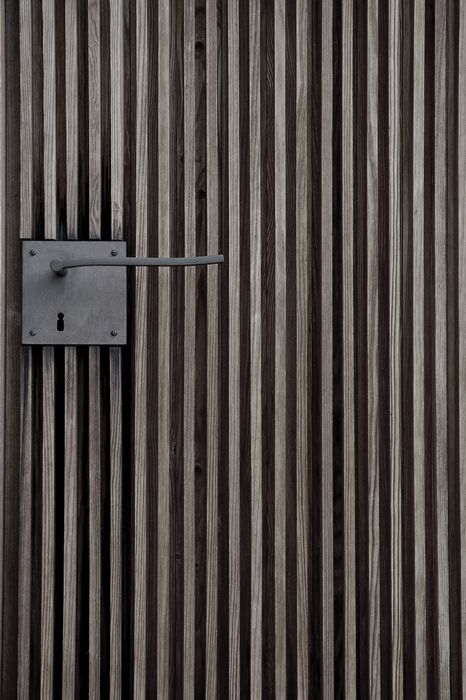 Peter Zumthor Door Handle Detail At The St Bendict Chapel Sumvitg 1989 Via Door Design Door Handles Doors