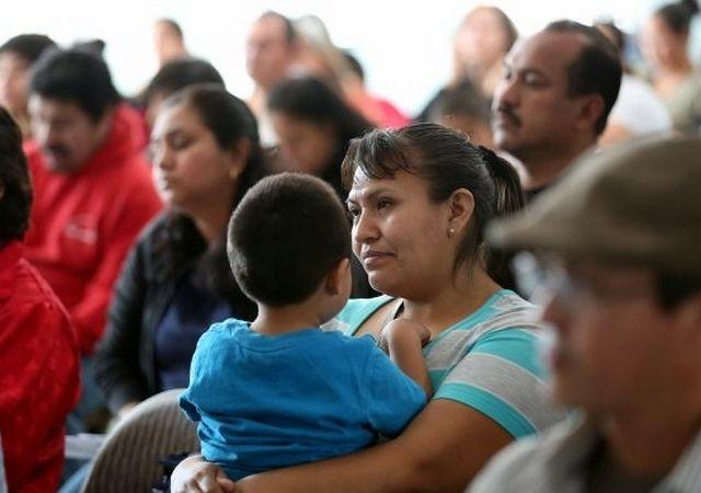 """La puesta en marcha de la expansión de """"DACA""""  beneficiará a muchos inmigrantes."""