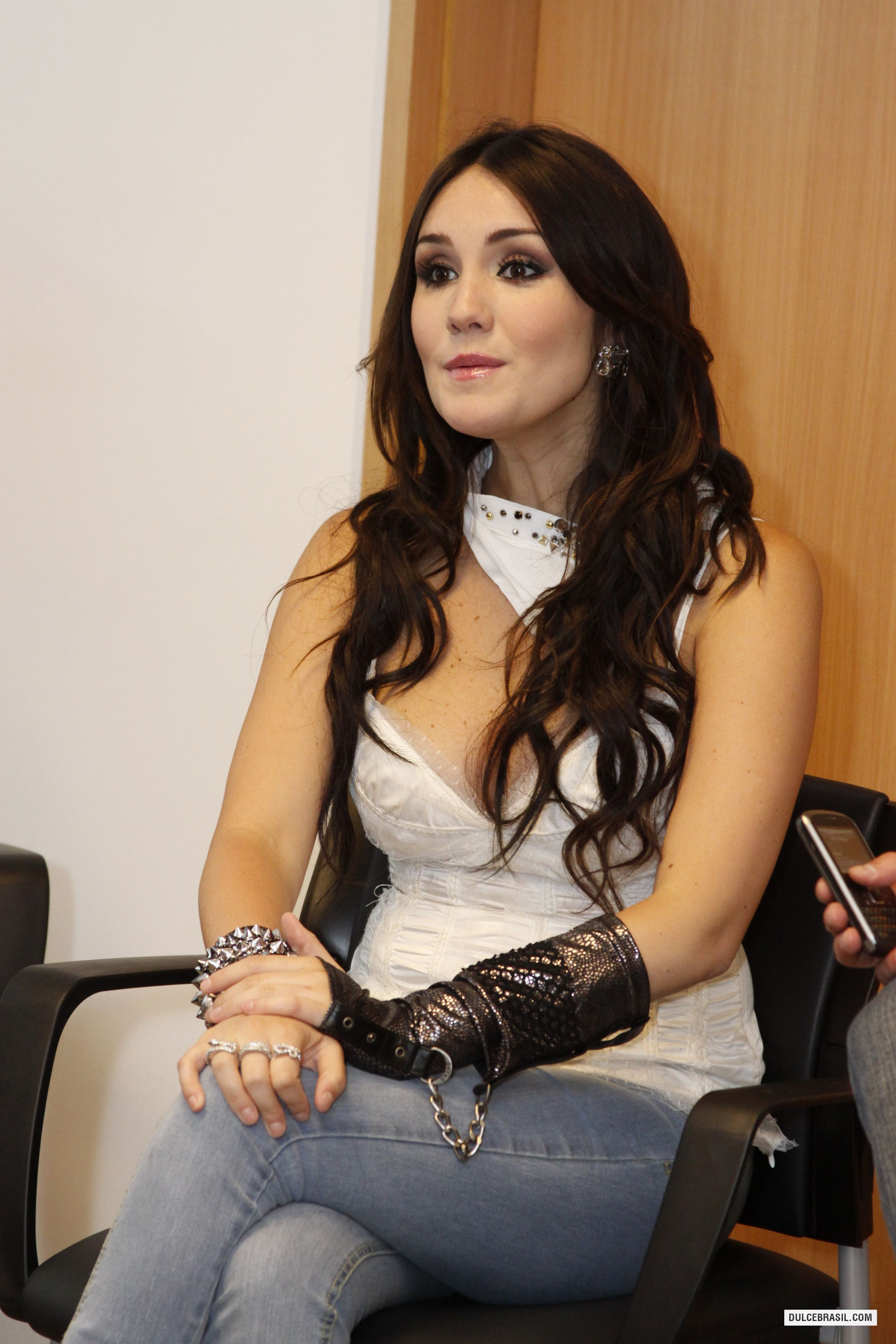 from Kamdyn naked pic of dulce maria