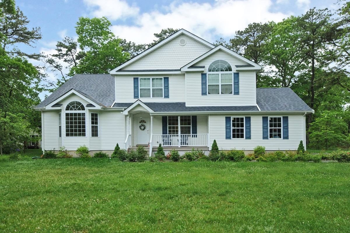 Long Island Homes For Sale Bellport New York Offered By The