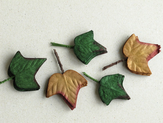 • Assorted paper ivey leaves with wire stems • Colour: Dark green and brown • Made of mulberry paper • 50 leaves per pack • Each embossed paper leaf