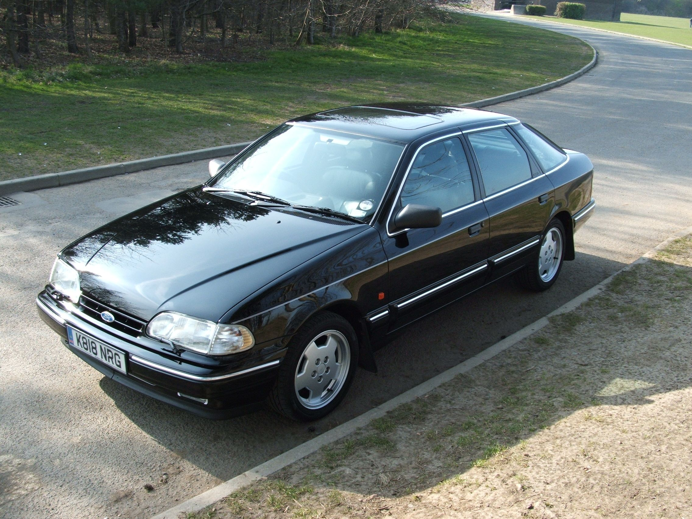 Ford Granada Scorpio 4x4 Black Google Search Auto S En Motoren