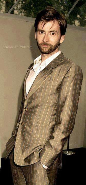 David Tennant same suit, different time ☺