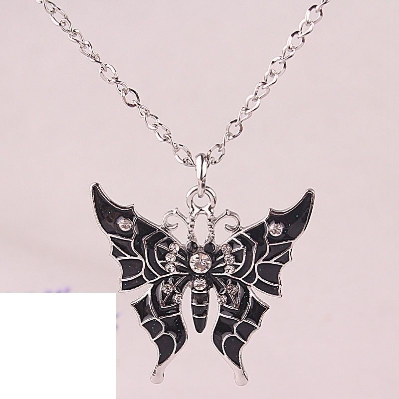 Black wicked austrlian crystal pendant necklace