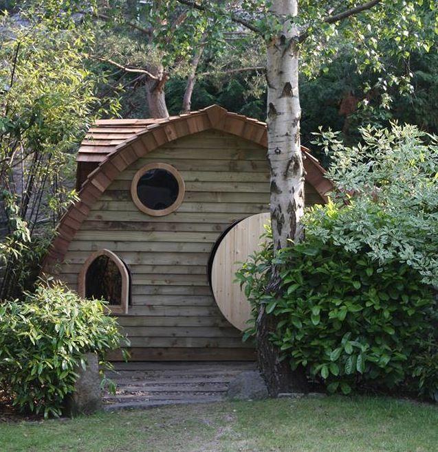 Best A Cute Hobbit House By Http Doregardenoffices Co Uk 400 x 300