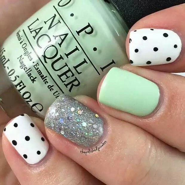 Love the mixture of polka dots, glitter and that beautiful mint shade.