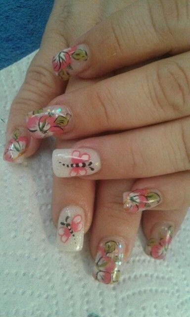 Taller de uñas yadyply