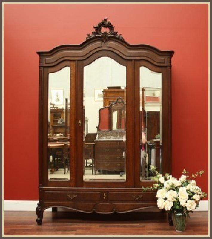 Antique French Oak 2 Door 3 Bevelled Mirrors Bedroom