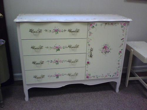 Reštaurovanie starého nábytku s rukami - ThisRepair.com