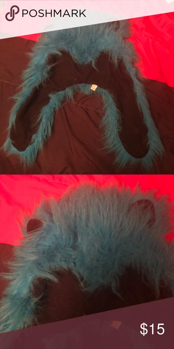 Blue bear spirit hood Short bright blue (it seems brighter