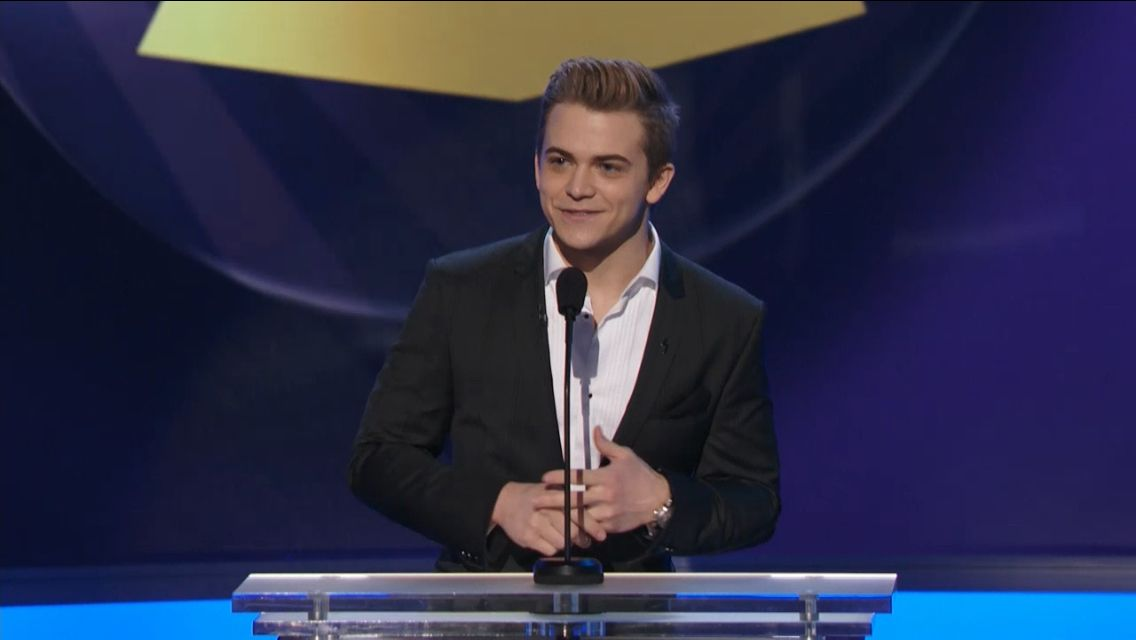 So is anyone watching Hunter live hosting the pre Grammy show! He's so nervous it's so adorable!!!