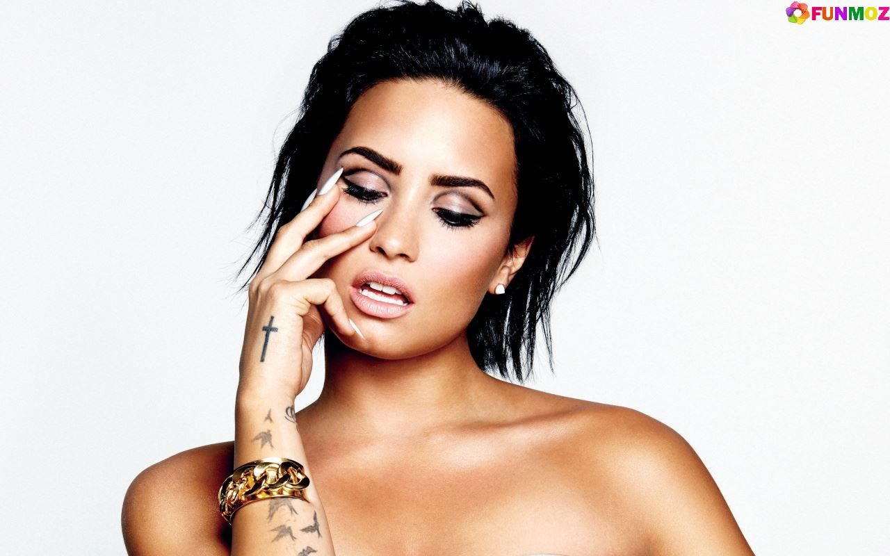 Fall Out Boy Song Lyrics Wallpaper 15 Best And Hot Demi Lovato Wallpapers Sexy Wallpapers