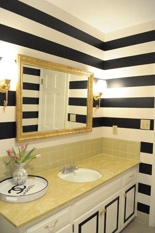 What do Your (Wall) Stripes Say About You? | Walls, House remodeling ...