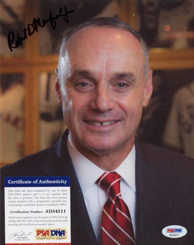 Rob Manfred Mlb Commissioner Signed 8x10 Photo W Psa Ad54211 8x10 Photo Psa Photo