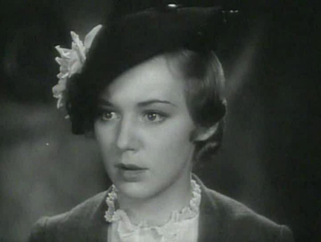 Gwynne Herbert,Elaine Hammerstein XXX clips Rula Lenska (born 1947),12. Taylor Swift