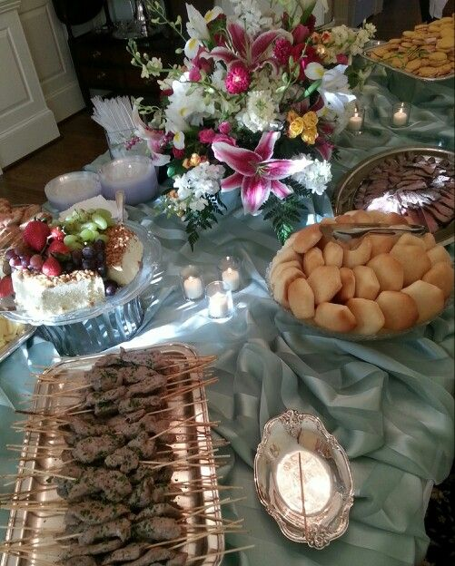 Hors d'oeuvres: Mint Striped Linen and Silver Platters