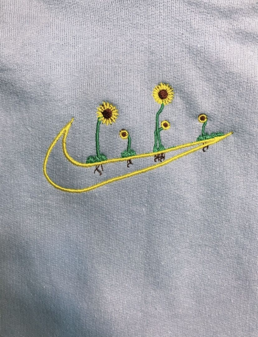 Alexiaah Nike Logo Embroidered With Flowers In 2020 Diy Embroidery Shirt Embroidered Shirt Diy Simple Embroidery Designs