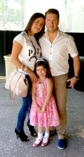 Sophia Grace and her parents Stephanie amp rosie  : ad342f1f0499296970f823ea68a3835c from www.pinterest.com size 295 x 552 jpeg 68kB