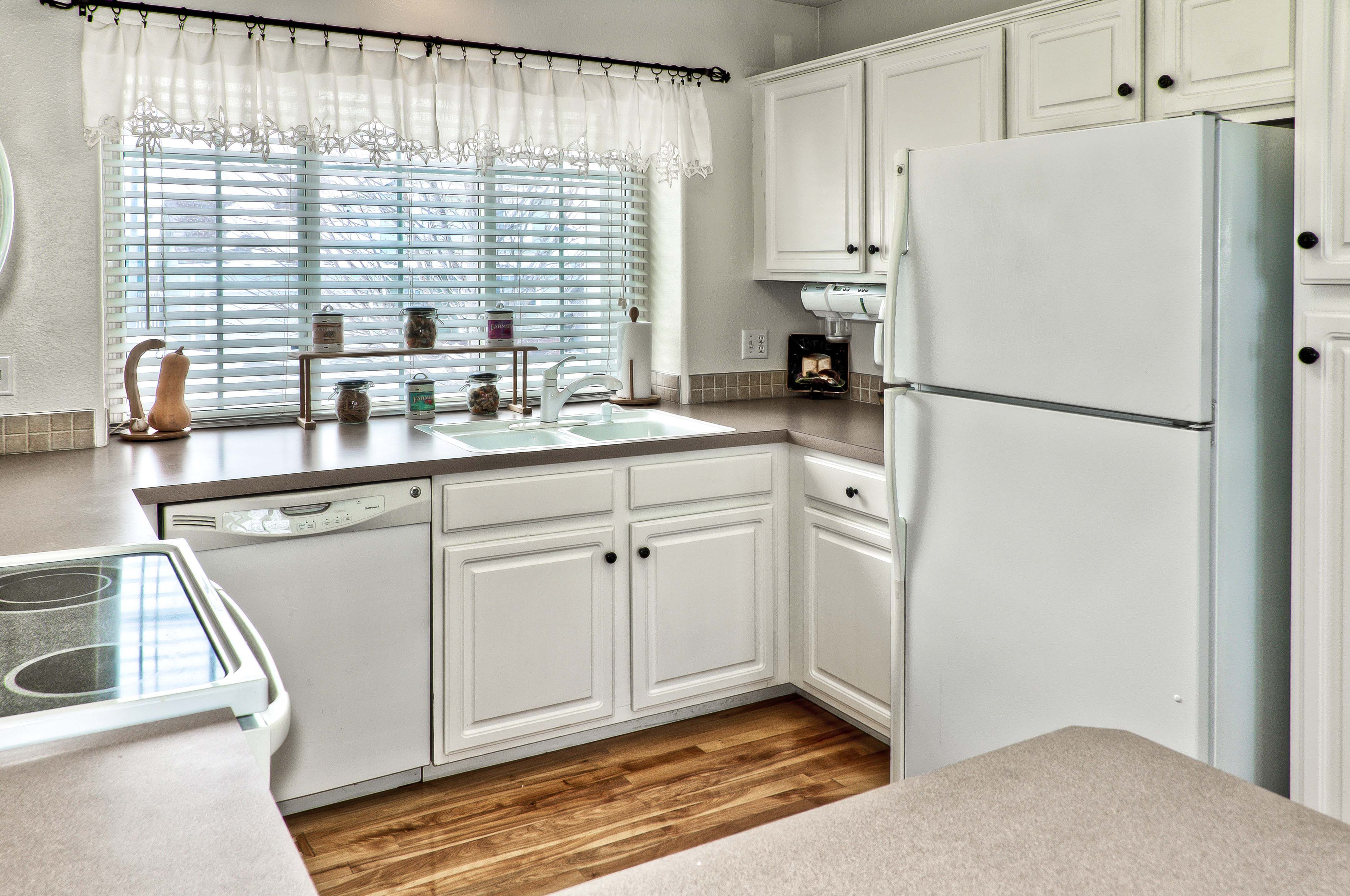 Kitchen In Omaha Area Home Photographed For Np Dodge Real Estate Beautiful Kitchens Home Kitchen