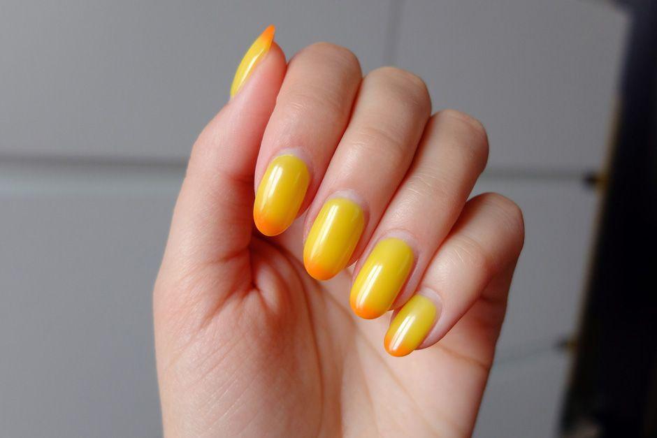 Hybrydy Zmieniajace Kolor Innooka O Modzie I Urodzie Manicure Nails Essie