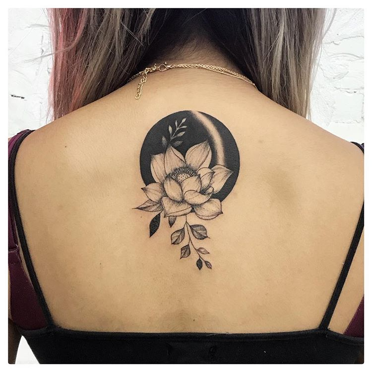 "⚪️⚫ on Instagram: ""⚫️LOTUS MOON⚪️ . Thank you so much Sue ✨ @sugarsoldierr . . . . . . #tattoomodel #tattoostudio #tatuaje #tattoolove #blackandgrey…"""
