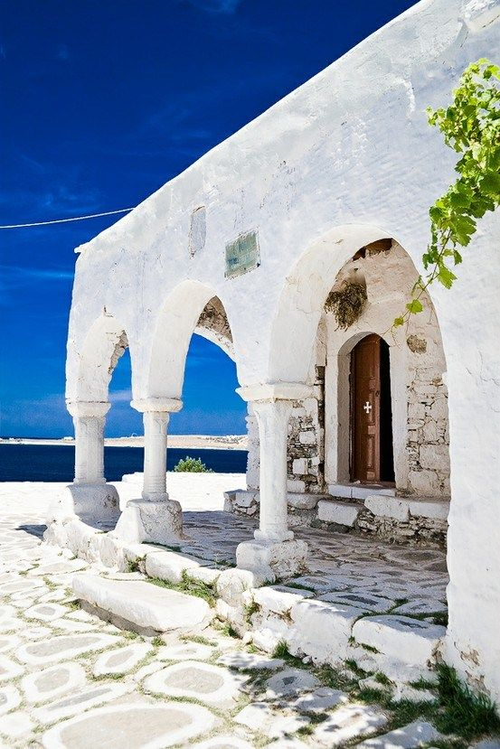Greece <3 I might just be biased because I am Greek, but Greece is so beautiful.
