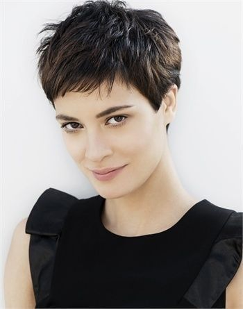 Pin By Gabriela Rodriguez On Cabello Haircut For Thick Hair Short Hairstyles For Thick Hair Thick Hair Styles