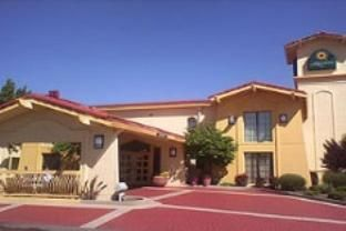 Farmington (NM) La Quinta Inn Farmington United States, North America Set in a prime location of Farmington (NM), La Quinta Inn Farmington puts everything the city has to offer just outside your doorstep. Both business travelers and tourists can enjoy the hotel's facilities and services. Free Wi-Fi in all rooms, 24-hour front desk, pets allowed are on the list of things guests can enjoy. Guestrooms are designed to provide an optimal level of comfort with welcoming decor and so...