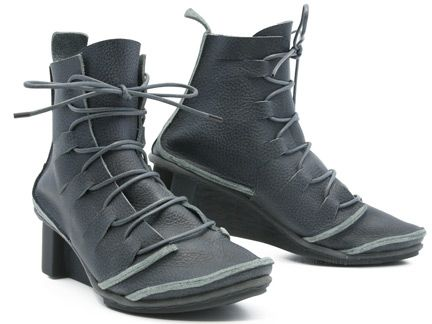 Can someone please buy these for me? Trippen boots. #shoes #boots #Trippen