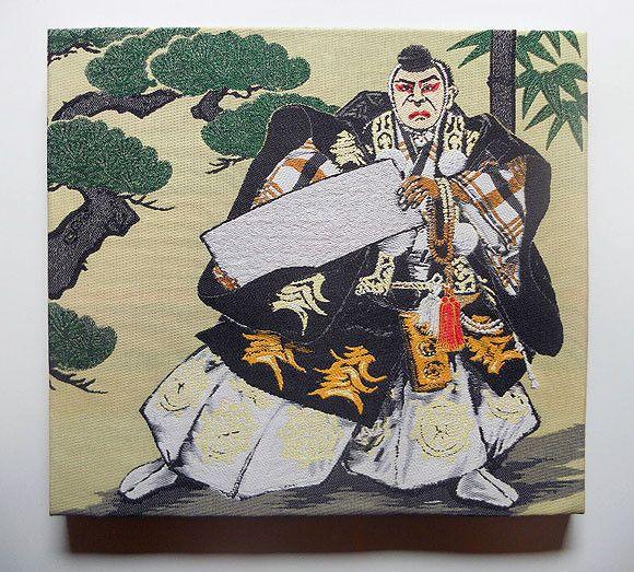 1300年の歴史を誇る織都 桐生で織られた「日本画織物」を表装した織物パネルです  桐生織の帯を織り成す横錦の技術が活かされ、壁に掛ければ醸し出す立体感も織物...|ハンドメイド、手作り、手仕事品の通販・販売・購入ならCreema。
