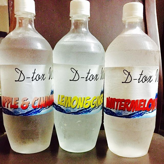 D-TOX WATER  Whether you're trying to lose weight or you simply want to look and feel healthier, one of the best ways to rid your body of harmful toxins is to detox water .This great detox water not only rids your body of toxins but helps to flush fat from your body as well. Apple 🍎 water can help you to avoid water retention. Lemons and  ginger help to flush out toxins from your digestive tract and  water melon 🍉 help you to burn fat. Door step delivery .  #yummy #delicious…