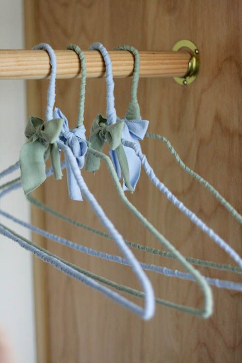 Just brilliant upcycle the flimsy plastic dry cleaning hangers into upcycle the flimsy plastic dry cleaning hangers into padded hangers solutioingenieria Image collections
