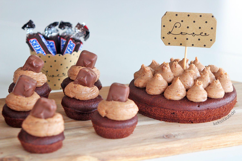 Schokoholic Mini Cupcakes und Törtchen mit Snickers Frosting
