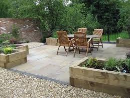 Planters Large Patio Front Garden Design North Facing Garden Large Backyard Landscaping